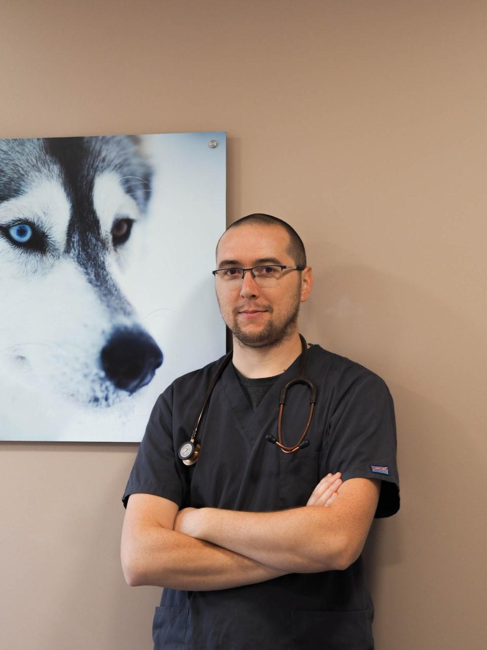 Dr DUBOIS